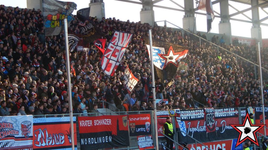 FC Ingolstadt - Borussia Mönchengladbach 26.02.2017 fci gladbach supporters ingolstadt südtribüne ultras fans fußball