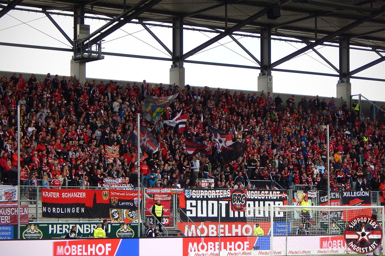 FC Ingolstadt - Erzgebirge Aue 09.09.2017 fci aue supporters ingolstadt südtribüne ultras fans fußball