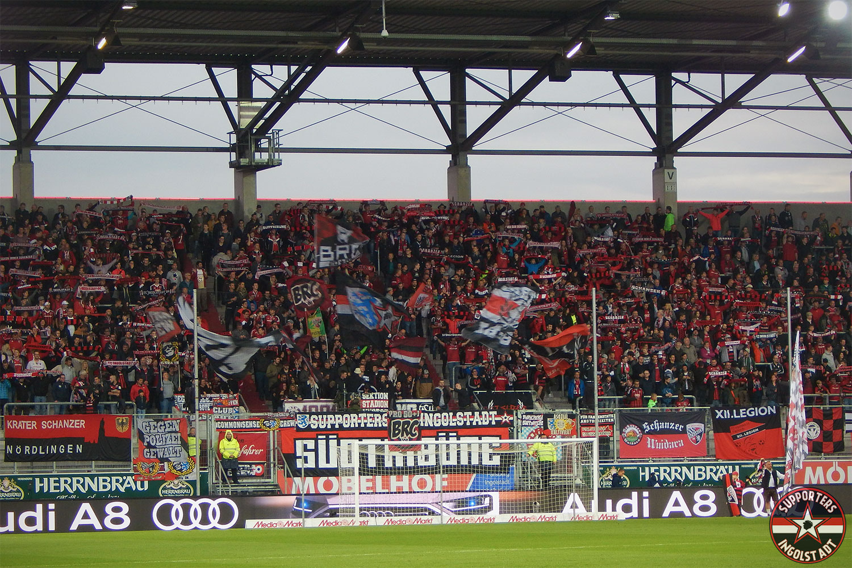 FC Ingolstadt - SV Darmstadt 29.09.2017 fci svd supporters ingolstadt südtribüne ultras fans fußball