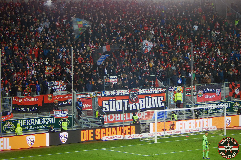 FC Ingolstadt – Fortuna Düsseldorf 19.11.2017 fci f95 supporters ingolstadt südtribüne ultras fans fußball