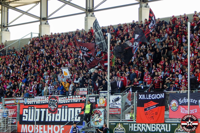 FC Ingolstadt - Arminia Bielefeld 08.04.2018 fci dsc supporters ingolstadt südtribüne ultras fans fußball