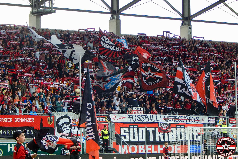 FC Ingolstadt - 1. FC Nürnberg 15.04.2018 fci fcn supporters ingolstadt südtribüne ultras fans fußball