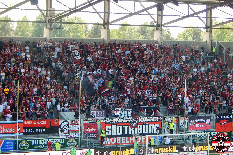 FC Ingolstadt - Holstein Kiel 29.04.2018 fci ksv supporters ingolstadt südtribüne ultras fans fußball