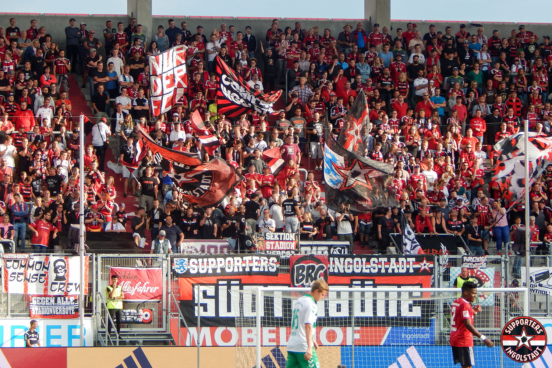 FC Ingolstadt - SpVgg Greuther Fürth 10.08.2018 fci spvgg supporters ingolstadt südtribüne ultras fans fußball