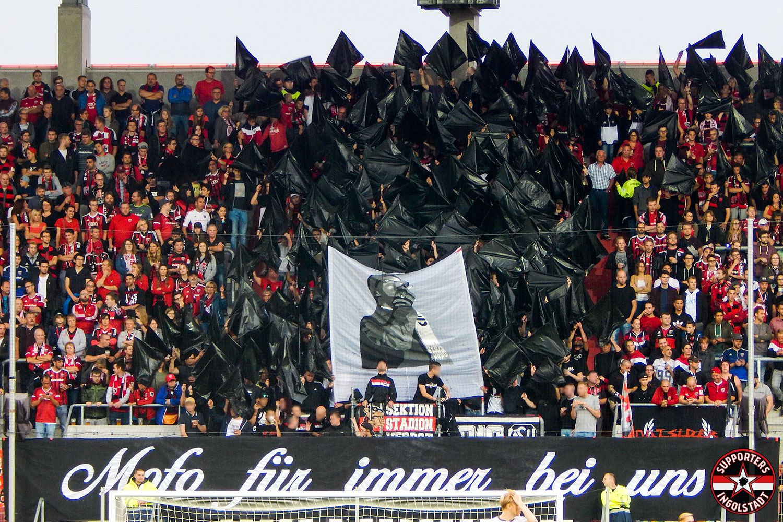 FC Ingolstadt – FC St. Pauli 21.09.2018 fci fcsp supporters ingolstadt südtribüne ultras fans fußball mofo choreo