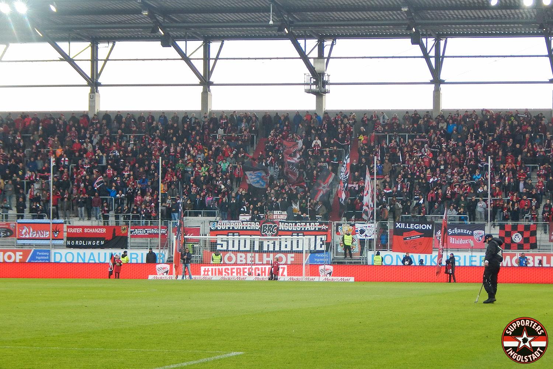 FC Ingolstadt - Arminia Bielefeld 11.11.2018 fci dsc supporters ingolstadt südtribüne ultras fans fußball