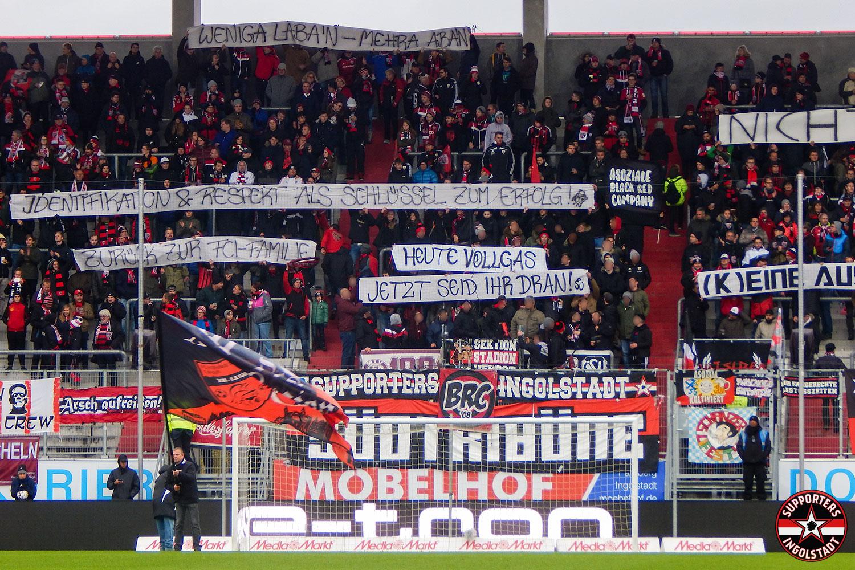 FC Ingolstadt – MSV Duisburg 28.10.2018 fci msv supporters ingolstadt südtribüne ultras fans fußball