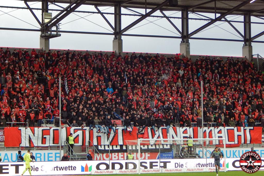 FC Ingolstadt - SSV Jahn 2000 Regensburg 22.12.2018 fci ssv supporters ingolstadt südtribüne ultras fans fußball